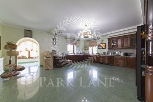 Дом, R-20118