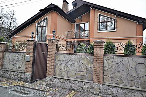 Будинок, R-32241