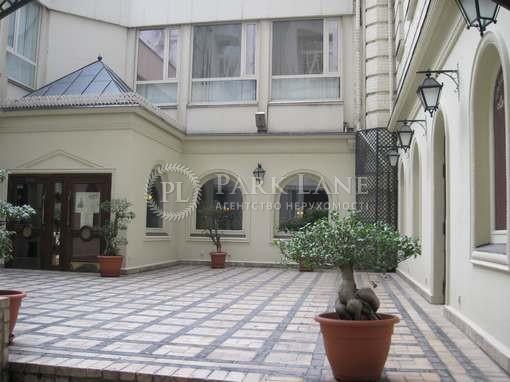 Нежилое помещение, Музейный пер., Киев, R-16472 - Фото 1