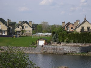 Дом I-24303, Набережная, Вишенки - Фото 9